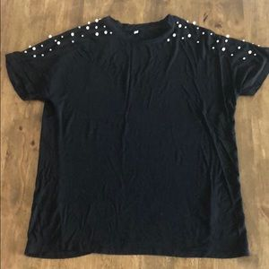 Tops - T-shirt with beads